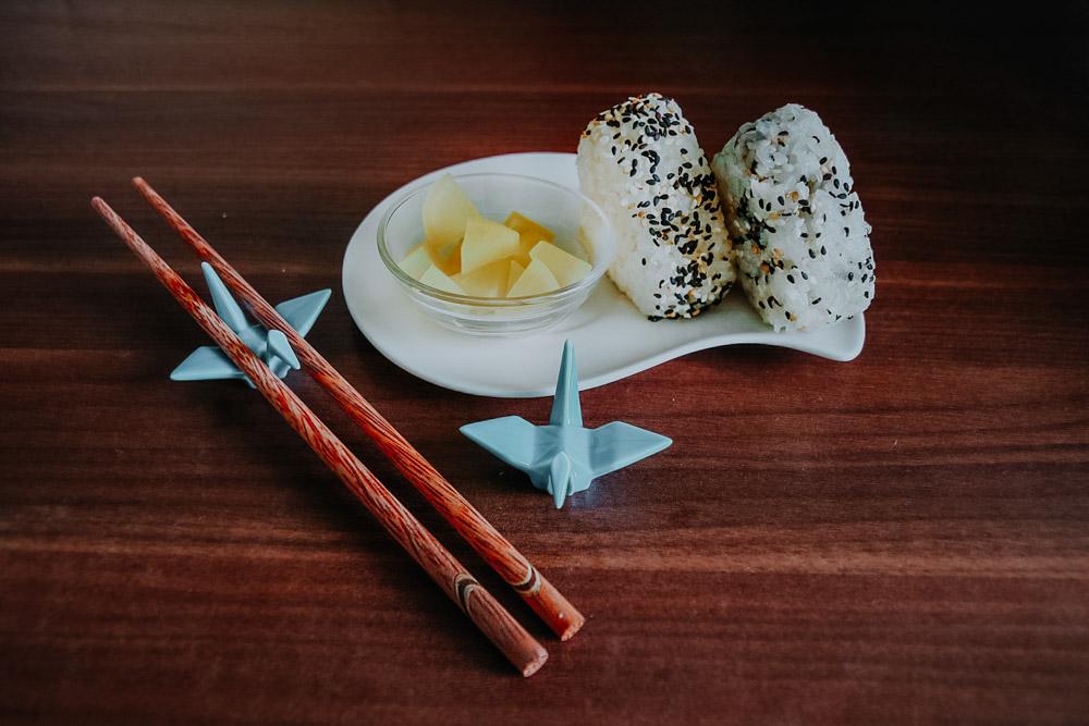 gefüllte Onigiri mit Oshinko