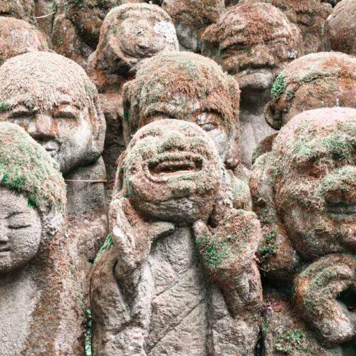 Rakan Figuren im Otagi Nenbutsu-ji Tempel in Kyoto