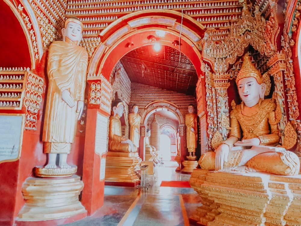 Buddha Statuen in der Thanboddhay Pagode