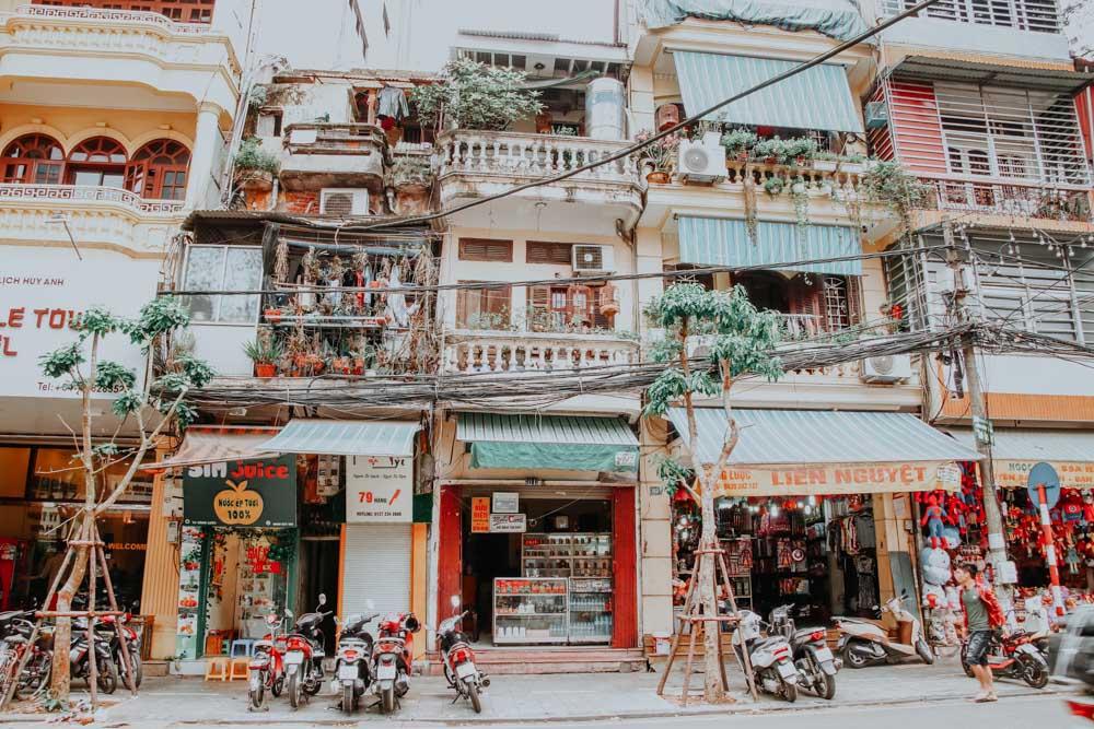 Häuser in der Altstadt von Hanoi