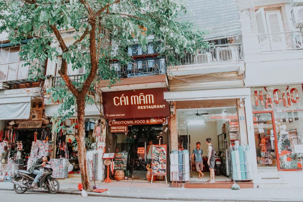 Cai Mam Restaurant in den Straßen der Altstadt von Hanoi