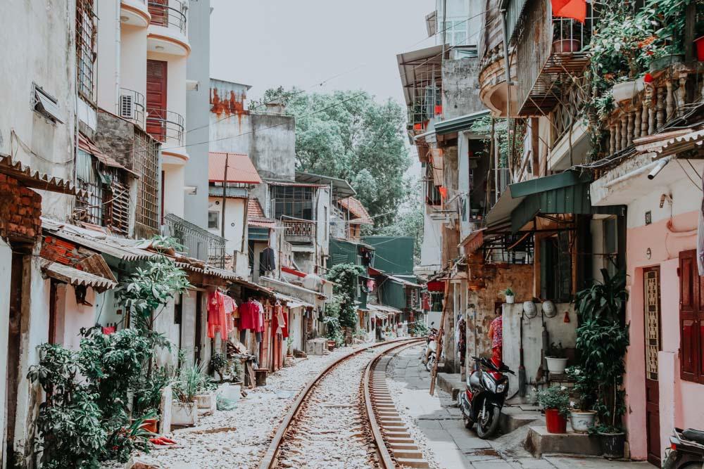 Einer der genialsten Plätze in Hanoi - die Hanoi Train Street
