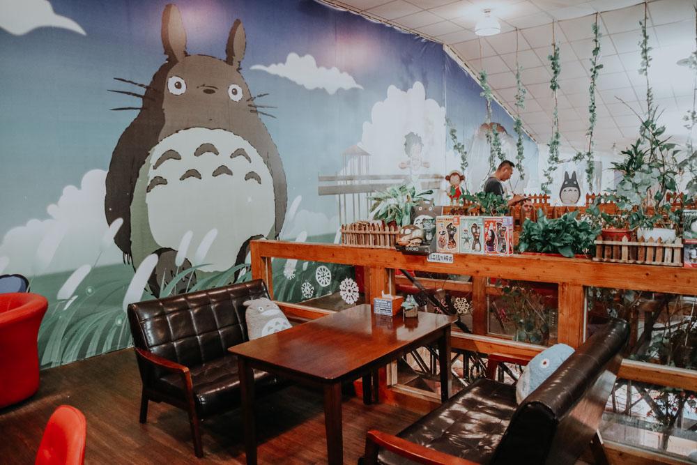 Meet Totoro in Taiwan - Totoro Cafe in Taichung