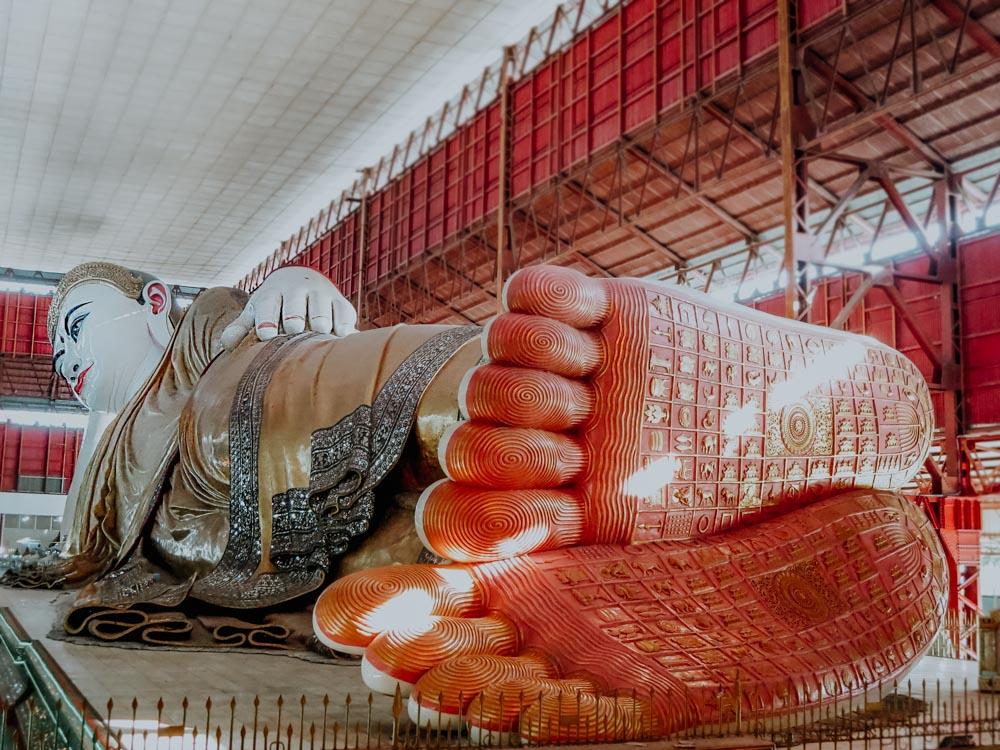 Must sees in Myanmar: Buddha Kyauk-Htat-Gyi Pagode