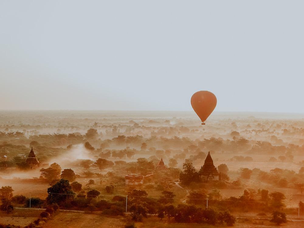 Must sees in Myanmar: Ballonfahrt Bagan