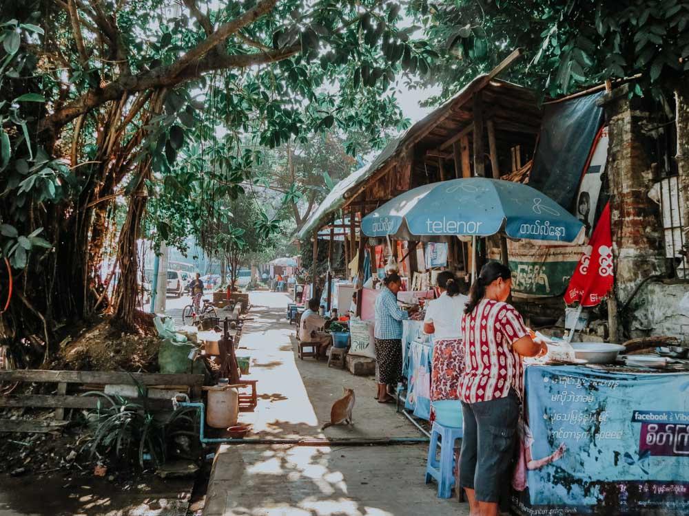 Straße in Yangon Myanmar