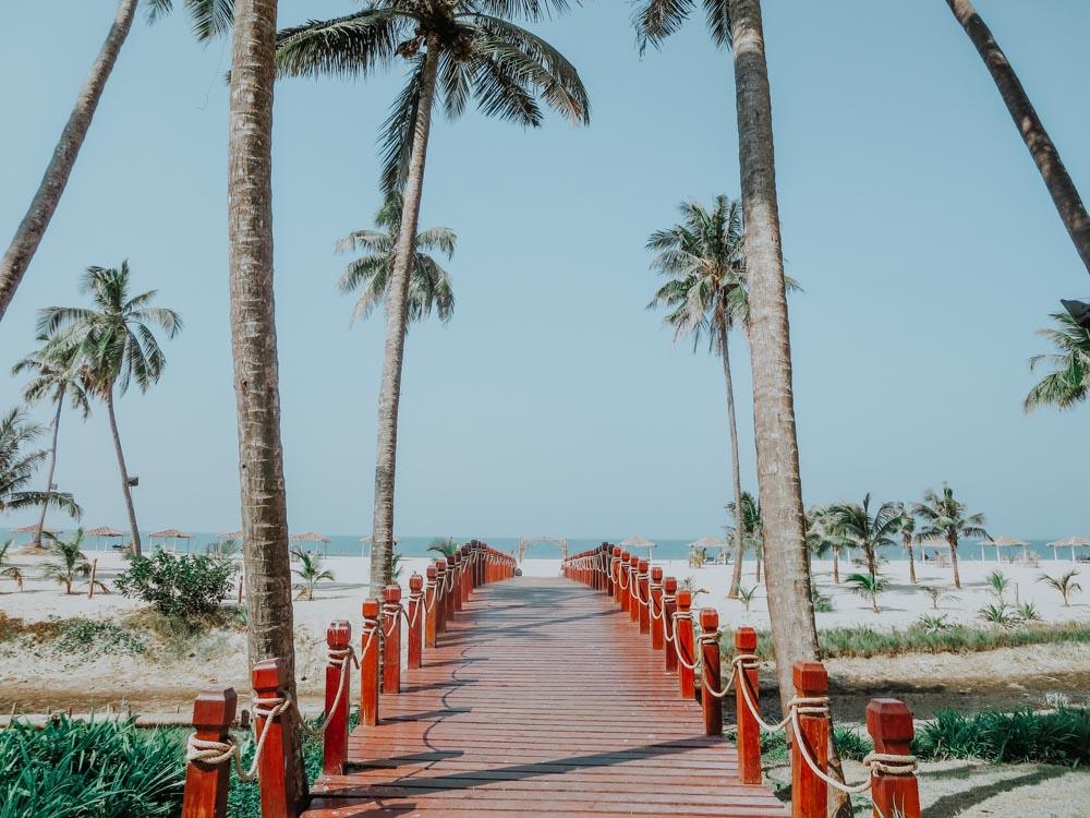 Weg vom Hotel Eskala zum Ngwe Saung Beach