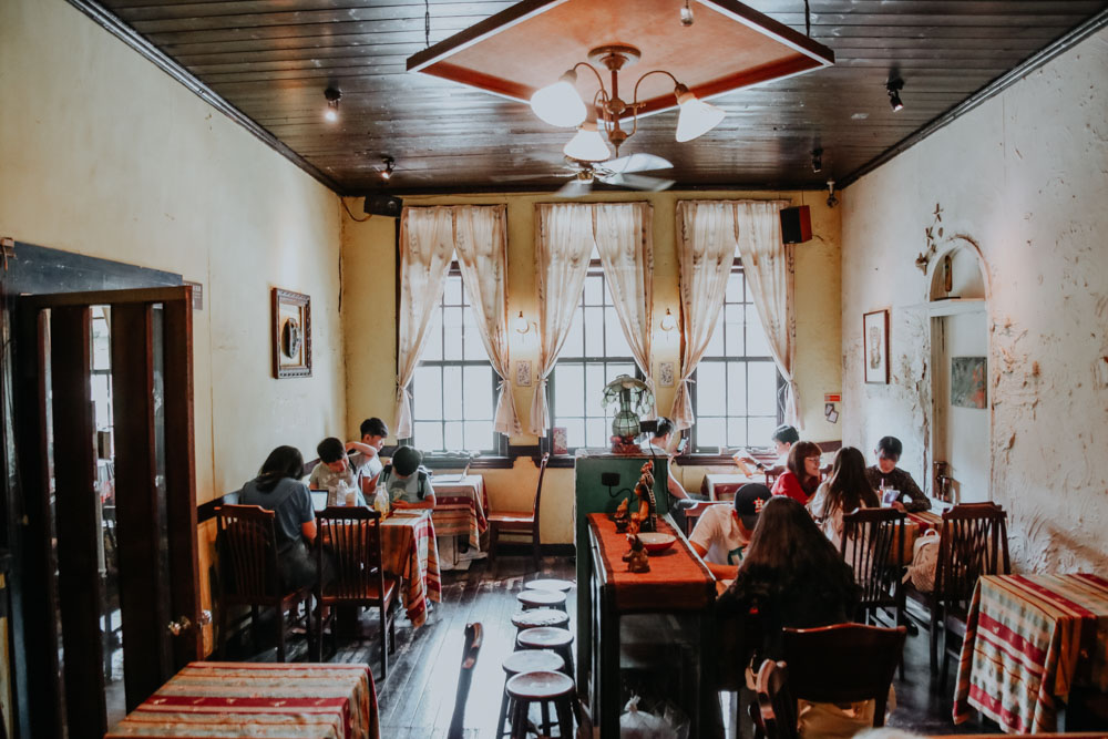Narrow Door Cafe in Tainan