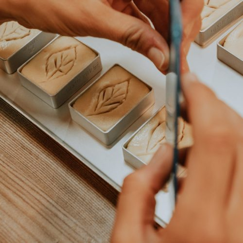 Taiwan DIY Workshops: Verzierung des Pineapple Cakes