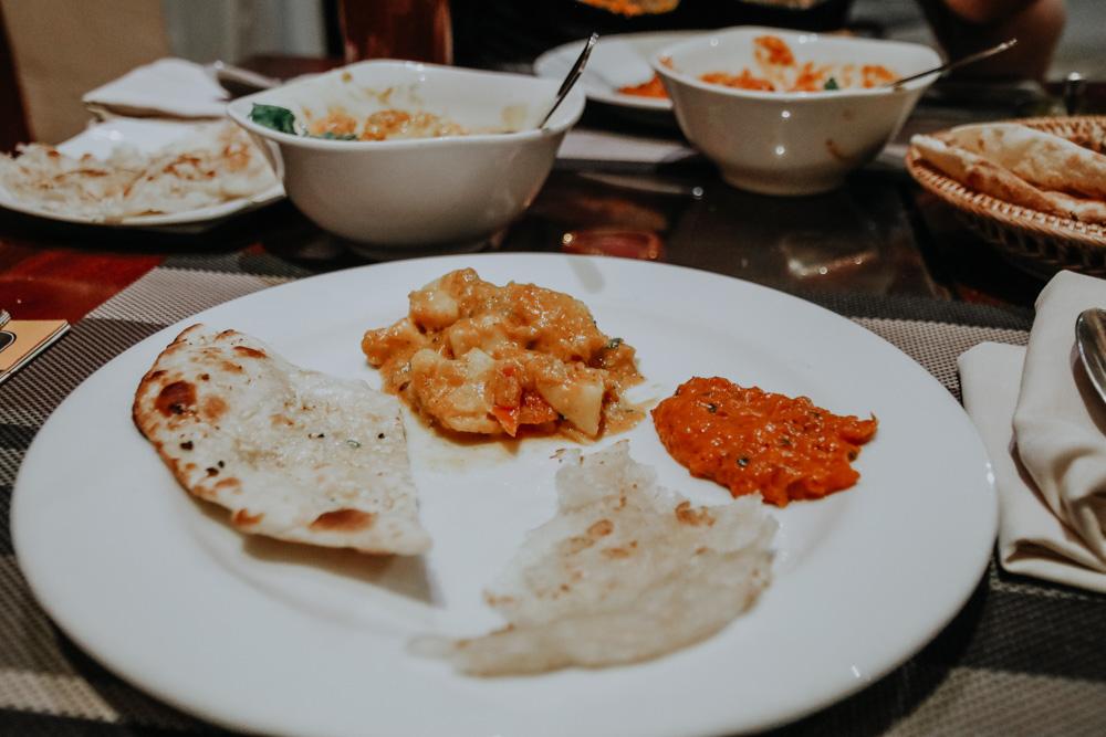 Essn im Dakshin's Restaurant in Siem Reap
