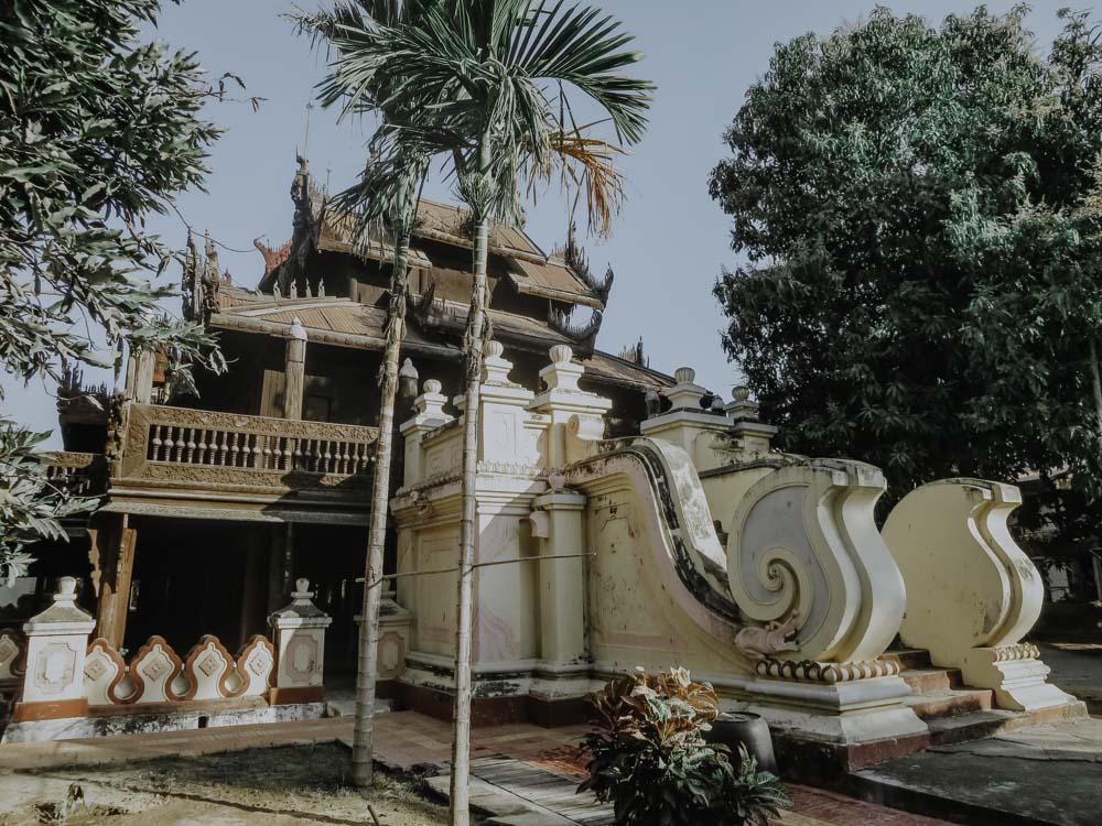Myanmar -Die schönsten Sehenswürdigkeit - Shwe In Bin Monastery