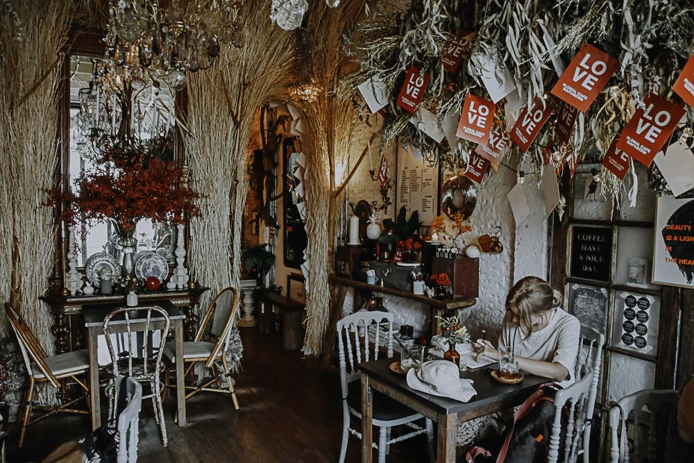 Bangkok Themen Cafe - Floral Cafe