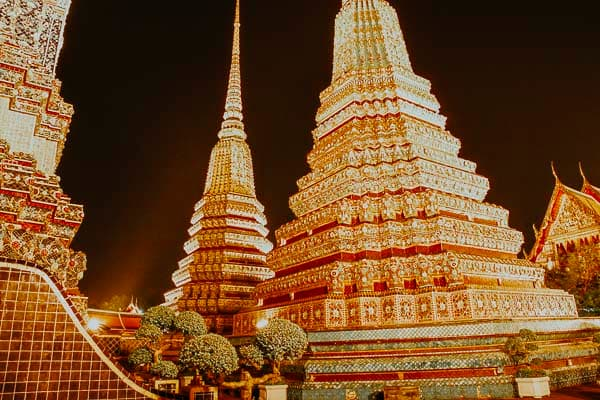 Bangkok - Wat Pho bei Nacht