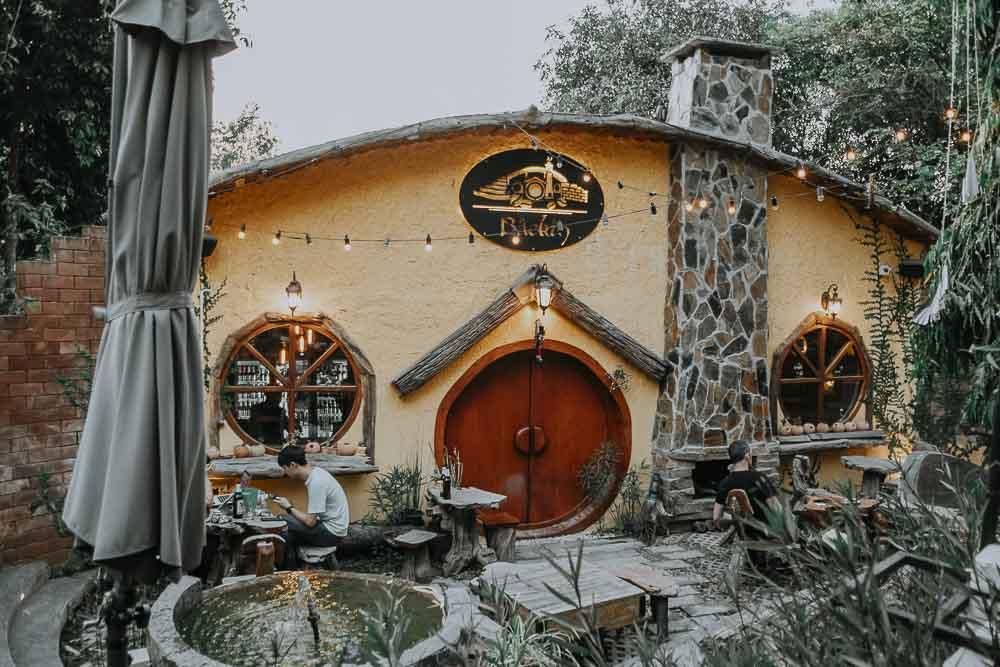 Hobbit House in Chiang Mai